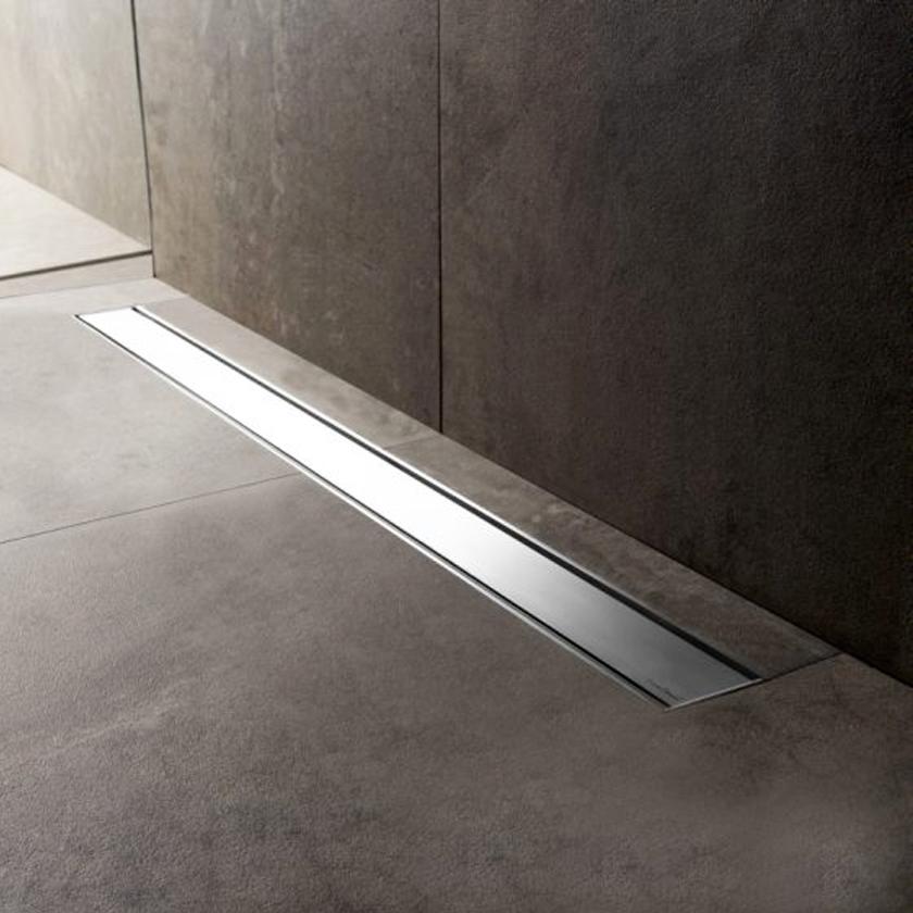 Piletta Doccia A Pavimento.Canaletta Per Doccia A Pavimento Tekness Da 60 Cm Con Griglia In Acciaio Ceramicstore