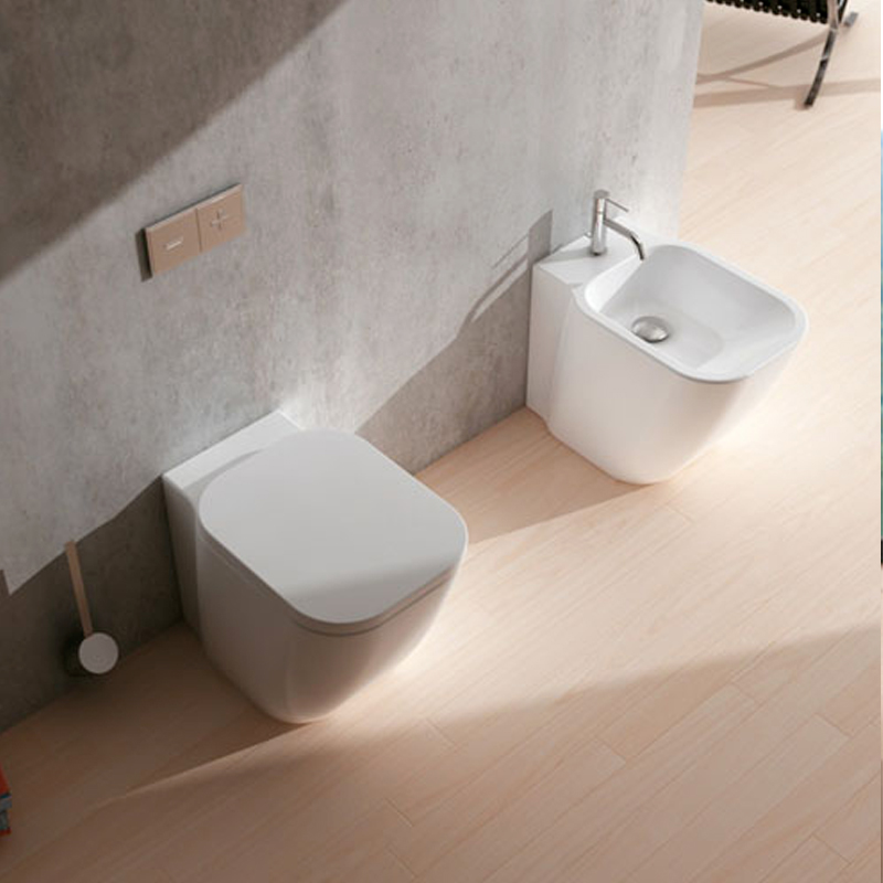 Sanitari senza brida filo parete Domus Falerii F50 Special Wc, bidet e sedile soft close