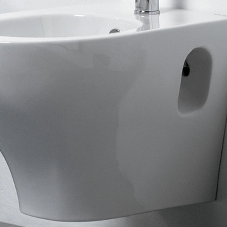 Sanitari Sospesi bidet e wc con sedile tradizionale Ceramica Azzurra 'Pratica' cm 52,5