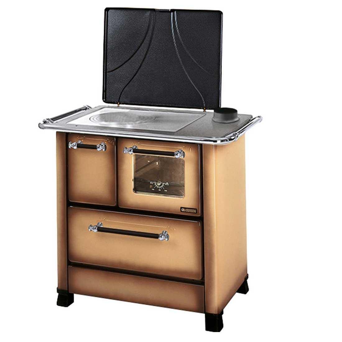 Cucina a legna marrone Nordica Romantica 3,5 potenza termica 5,0 Kw