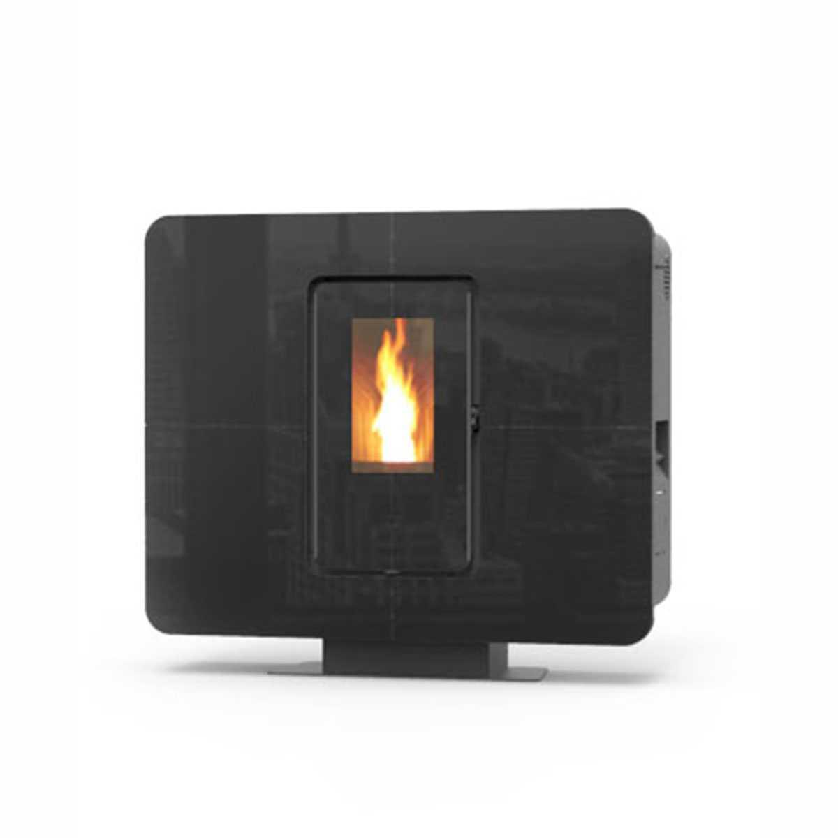 Termostufa a pellet modello 'SlimQuadro Idra' in elegante cristallo nero classe A+ by Thermorossi